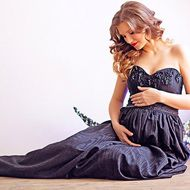 maternity-dress-black-gothic-01.jpg